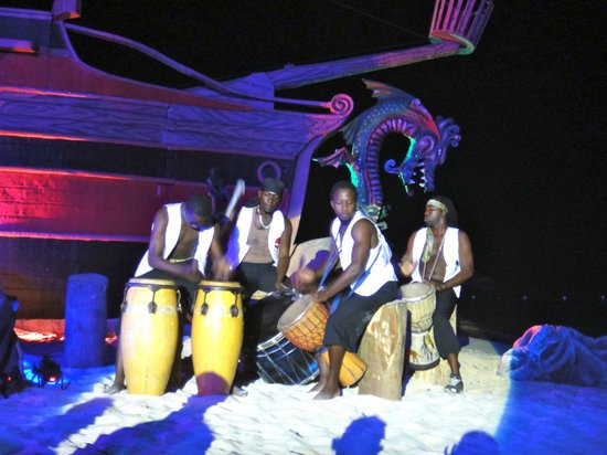 Iberostar Grand Rose Hall: Outdoor show @ the resort