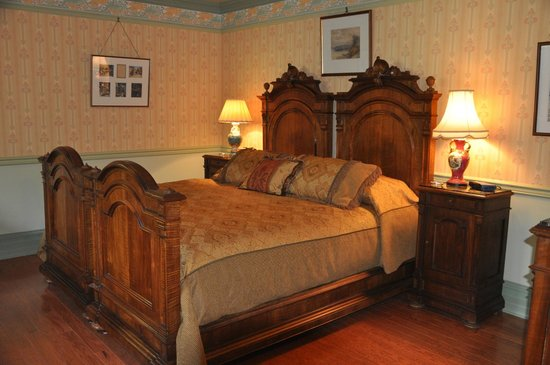 Albion Manor Bed and Breakfast: Oscar Wilde Suite