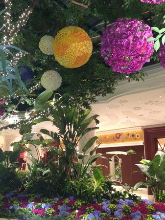 Wynn Las Vegas: The lobby again )