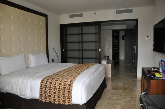 Paradisus Playa Del Carmen La Esmeralda: Heaven the Bed !!