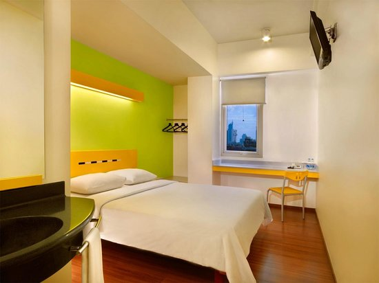 Ibis Budget Jakarta Menteng: Standard Queen Bed Room