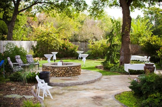 Norman, OK : backyard events 