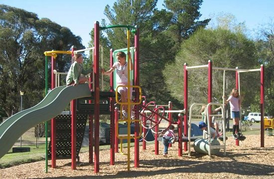 Beechworth, Australia: Playground for the kids