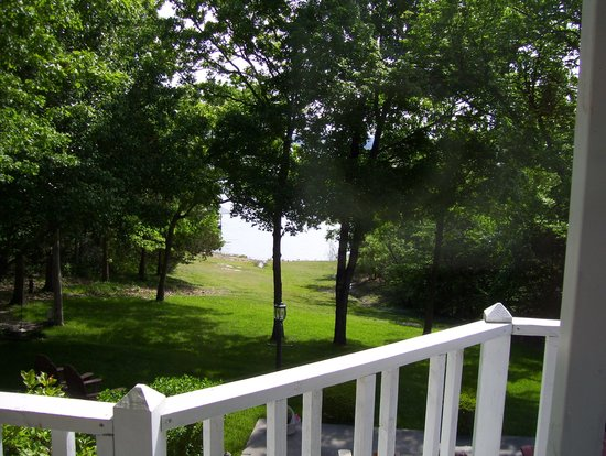 Anchor Inn on the Lake Bed & Breakfast: View from inside the Virgina Room