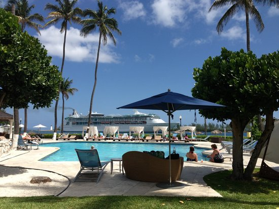 British Colonial Hilton Nassau: Hilton pool area