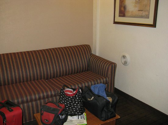 Anaheim Desert Inn and Suites: Spare room
