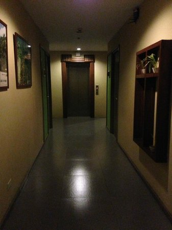 Cebu R Hotel: Hall - 3rd Floor