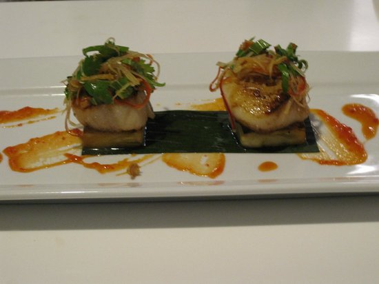 Bathurst, Australien: Yummy pork belly with scallops