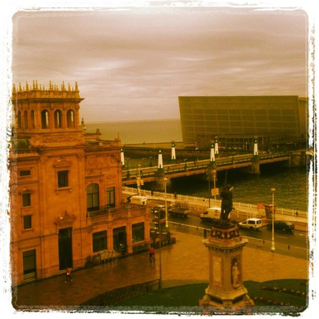 Hotel Maria Cristina San Sebastian: View from our room