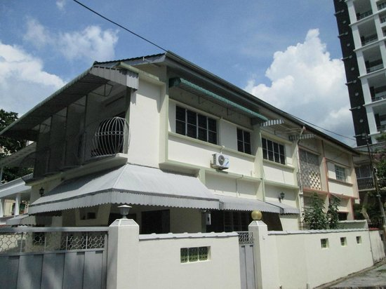 Tanjung Bungah, Malaysia: Exterior Of The House