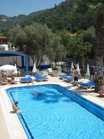 Liberty Hotels Oludeniz:       .