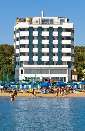Photo of Hotel Nautilus Pesaro