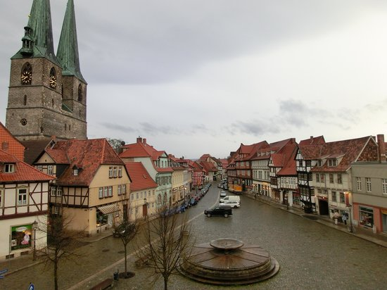 Quedlinburg, Allemagne : Our view of the square 
