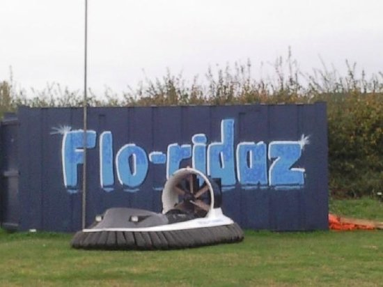 Bury St Edmunds, UK: Flow-riders.....Flo-ridaz
