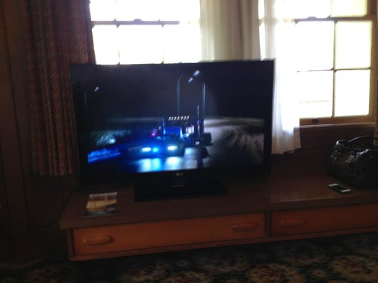 Gatlinburg Inn: TV