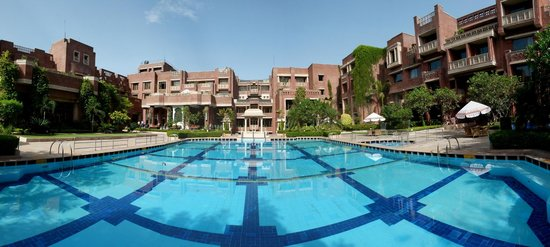 ITC Rajputana, Jaipur: huge pool