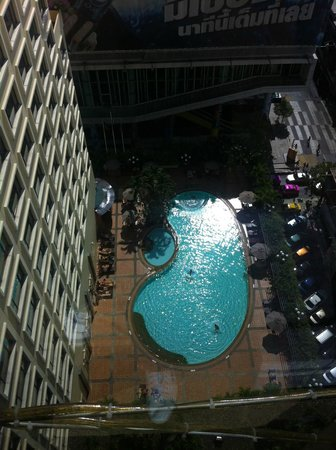 Novotel Bangkok on Siam Square : Swimming pool