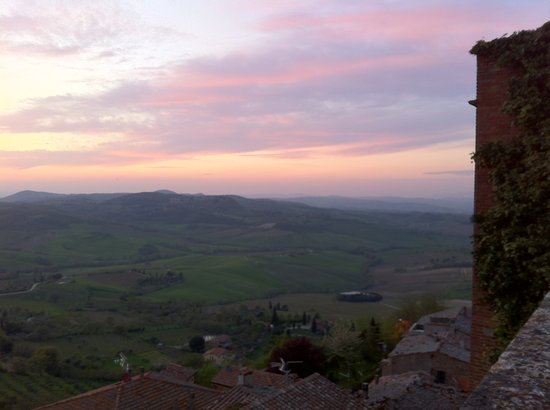 La Locanda di San Francesco: May 2013, sunset from LSF