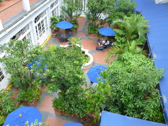 Royal Sonesta Hotel New Orleans: Lower Courtyard area
