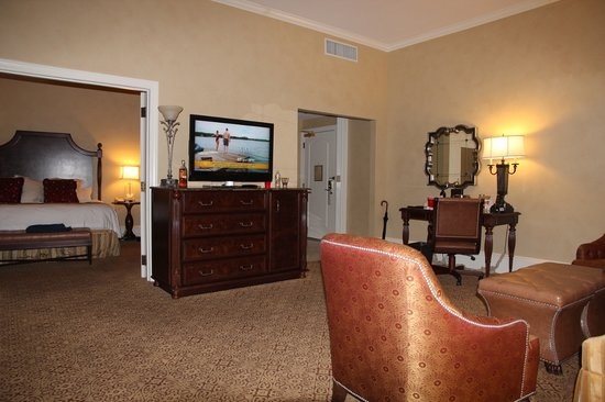 The Roosevelt New Orleans, A Waldorf Astoria Hotel: Roosevelt suite
