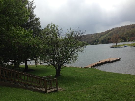 McHenry, Мэриленд: Spring at LakeStar Lodge