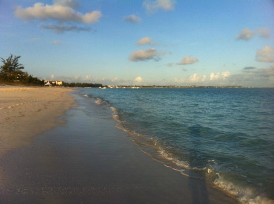 ‪‪Sands at Grace Bay‬: The beach‬