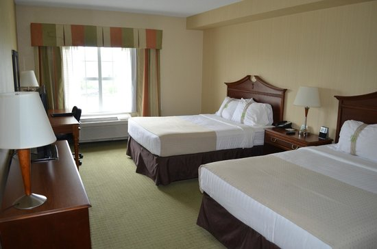 Front Royal, VA: Our room #202