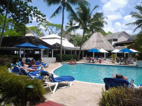 The Club, Barbados Resort and Spa: 1 pool of 3
