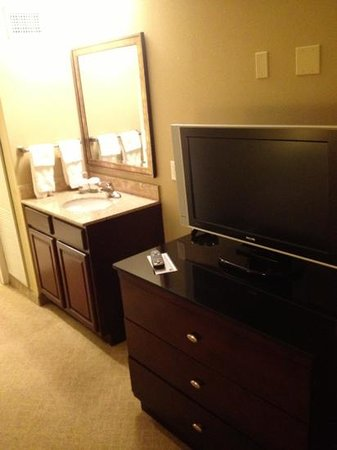 Estero, FL: Flat Screen TV in bedroom