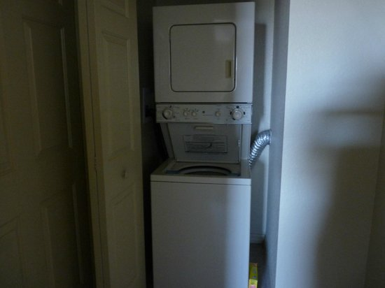Wyndham Palm-Aire: washer dryer