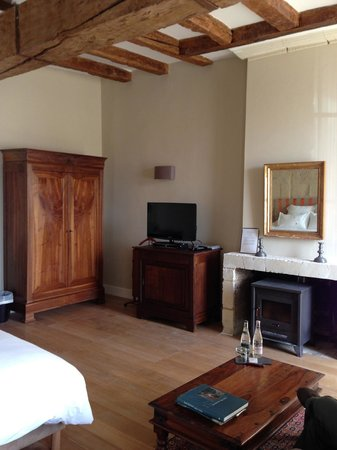 Loire Valley Retreat: Our room