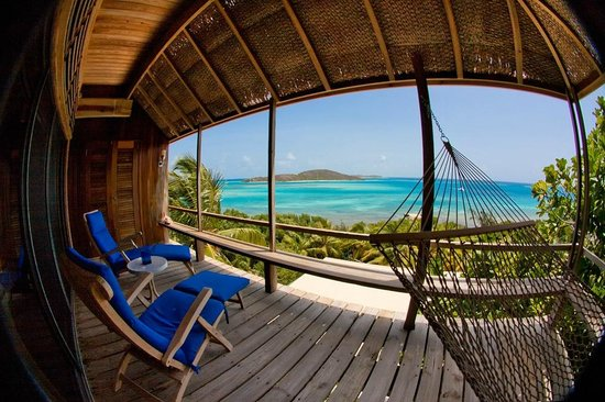 North Sound, Virgin Gorda: Deck & hammock view from Beachfront room