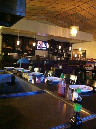 Lancaster, Carolina del Sur: sushi bar and regular bar