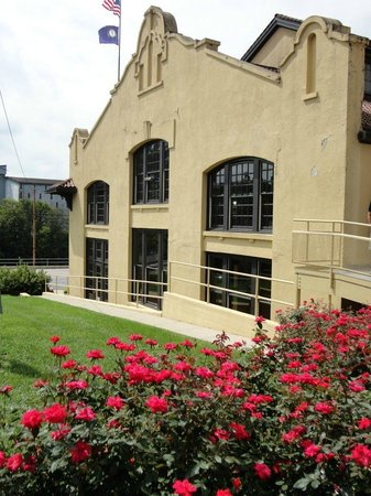 Kentucky: Four Roses Distillery