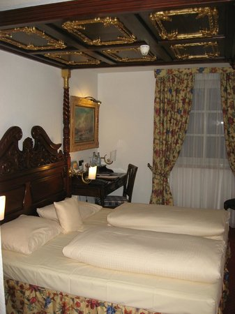 King's Hotel Center: Typical Room