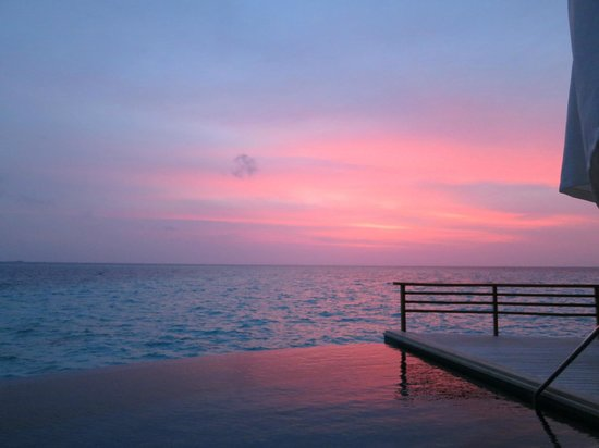 Baros Maldives: Sunset view from terrace of Pool Water Villa 311
