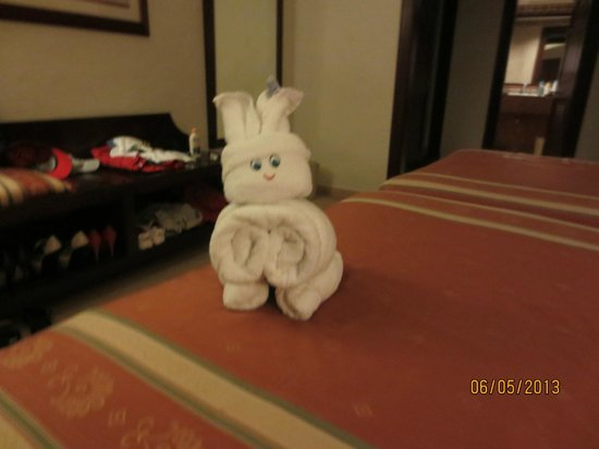 Riu Palace Las Americas: Towel Bunny