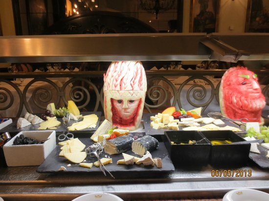 Riu Palace Las Americas: Decoration in the buffet restaurant