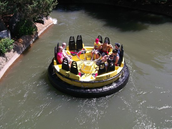 Austell, GA: this water ride was great- a great way to cool down in the summer- it gets hot in GA!!