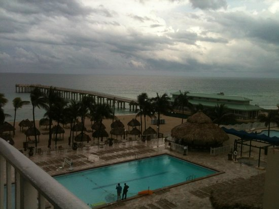 Newport Beachside Hotel and Resort: Vista desde habitación 6° piso