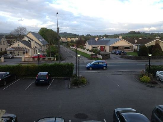 Riverside Hotel Killarney: Vue sur parking