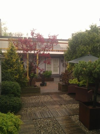 Carpe Diem Guesthouse & Spa: Courtyard