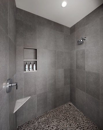 ‪‪Solage Calistoga‬: Pebble stone shower‬