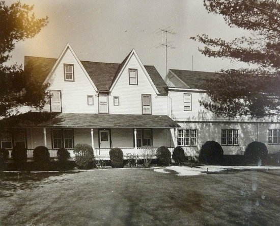 Cresco, PA: History of Crescent Lodge