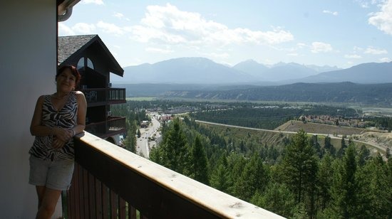Rocky Mountain Springs Lodge and Restaurant: View from the private balcony