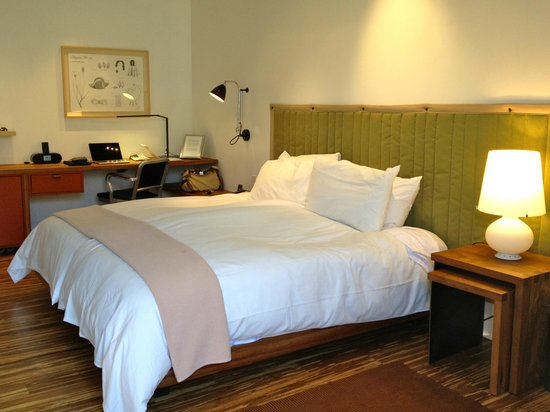 Healdsburg, Californi: comfy bed