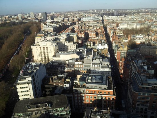 London Hilton on Park Lane: View towards Oxford Street