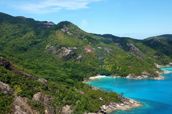 Constance Ephelia: Seychelles Helicopter ride