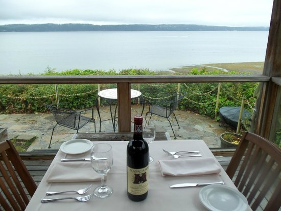Camano Island, WA: Table for two