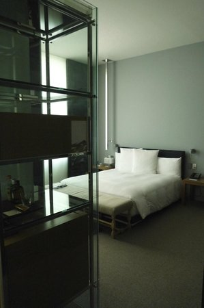Andaz 5th Avenue: Bedroom area